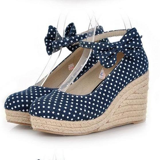645e2425db9 Fashion Polka Dot Canvas Wedge Shoes For Women Sweet Bow Straw Braid  Platform Women Wedges Ladies High Heels Shoes Women Pumps