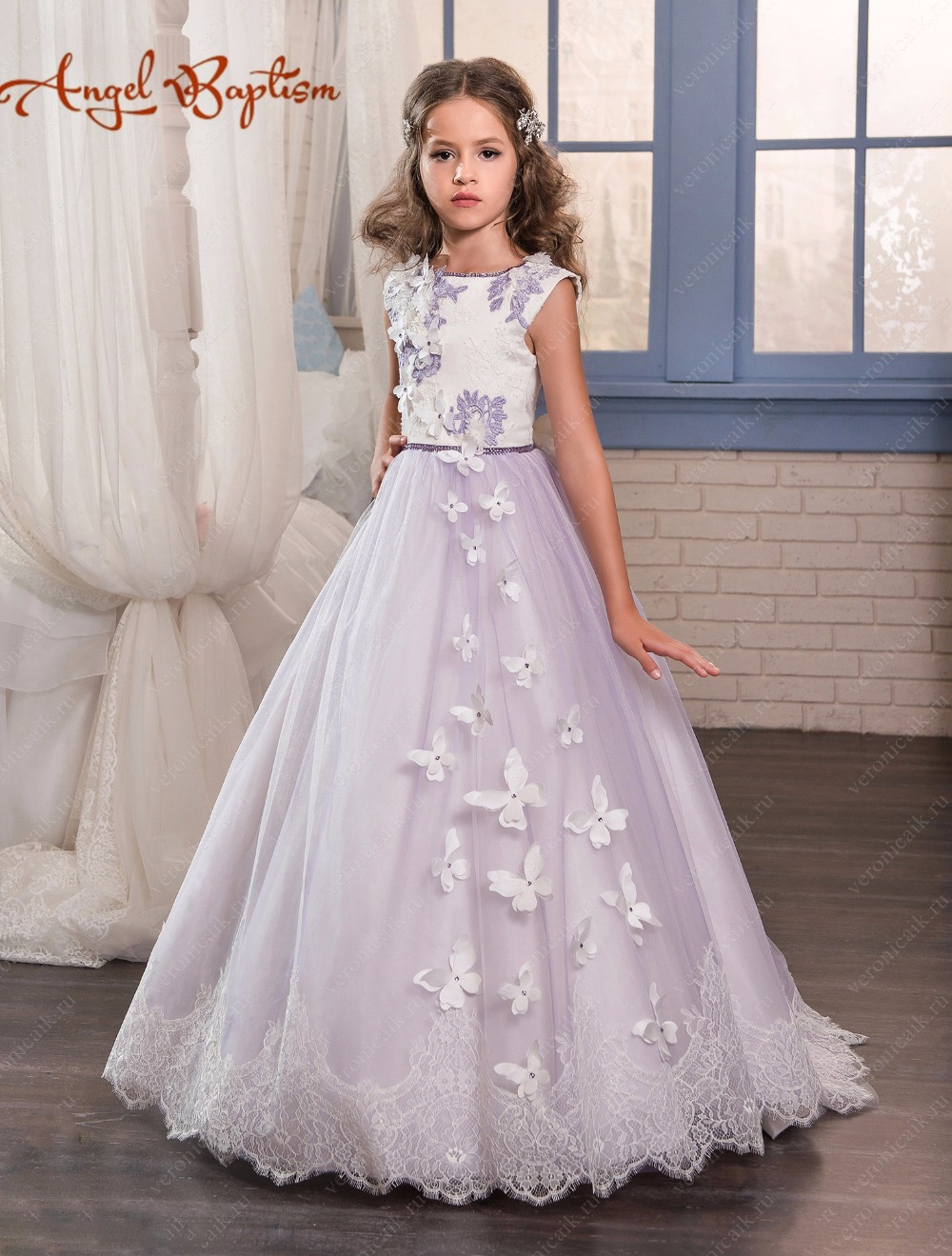 все цены на Lilac purple flower girl dress A-line sweep train open back princess first communion with crystals laces butterfly fairy dresses онлайн
