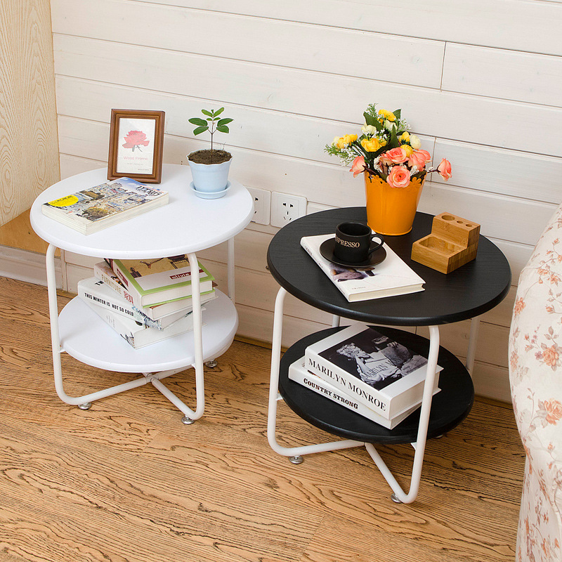 Fashion creative movable small coffee table simple iron frame interior side with storage European double floor side table a round coffee table made of iron cane outdoor recreation modern simple angle