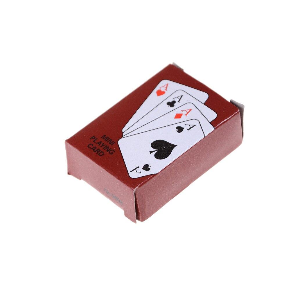 Accurato Poker Carte Da Gioco Tradizionale Set Con Scatola Di Materia Plastica Scherza Il Regalo Del Giocattolo Luminoso E Traslucido Nell'Apparenza
