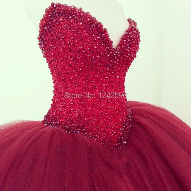 New Style Ball Gowns Wedding Dresses Red Beaded Sequined Off Shoulder Tulle  Puffy Ball Gown Wedding Gowns Bride Dresses-in Wedding Dresses from Weddings  ... 8f9ce1c9497e