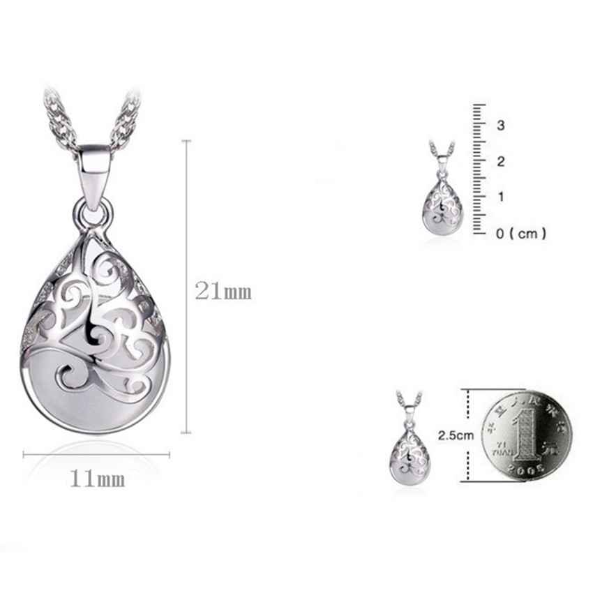 Women Silver Moonlight Pendant 4