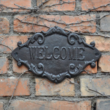 2 Country Outdoor Welcome Metal Door Sign Vintage Cast Iron Welcome Wall Plaque Home Gate Street Apartment Decoration Ornament