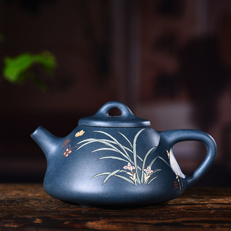 Yixing purple clay pot genuine hand-made raw ore dark green mud painting Ziye stone ladle pot Kungfu Teapot Tea SetYixing purple clay pot genuine hand-made raw ore dark green mud painting Ziye stone ladle pot Kungfu Teapot Tea Set