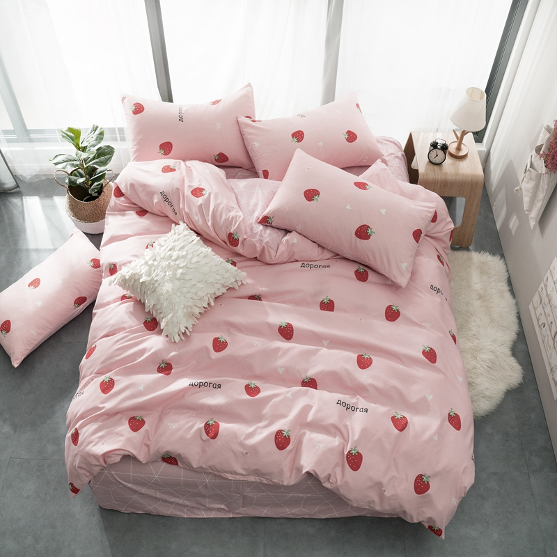 Sweet Princess Pink Strawberry Bedding Set Lovely comforter cover Russian bed set Womens Girls cute bedclothes flat linen sheetSweet Princess Pink Strawberry Bedding Set Lovely comforter cover Russian bed set Womens Girls cute bedclothes flat linen sheet