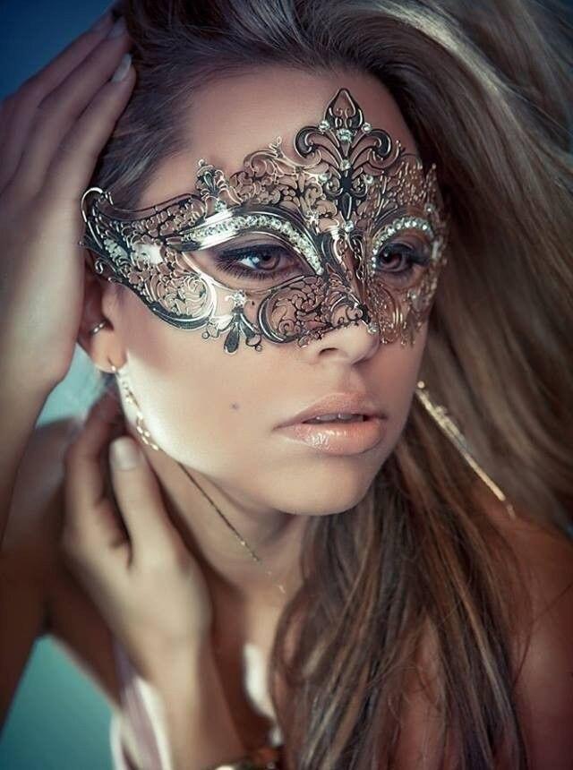 12pcs Masquerade Masks Women Men Mardi Gras Venetian Ball Mask Party Supplies