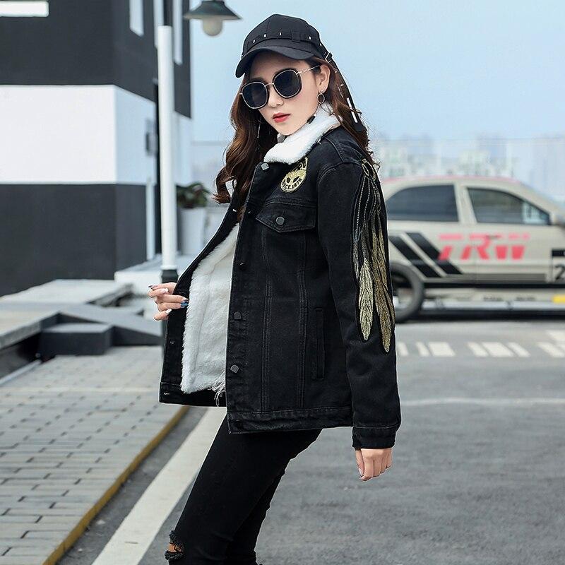 f3d4ca094 US $76.0 45% OFF Angel Wings Embroidery Jeans Jacket Women Casacos Feminino  Slim Warm Denim Jacket Lady Elegant Vintage Jackets 2018 Basic Coats-in ...