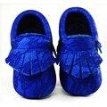 2016 Nuevos zapatos de bebé de cuero Genuino niñas primer caminante del bebé plata franja Niño Niño mocasines Moccs zapatos de regalo de Navidad