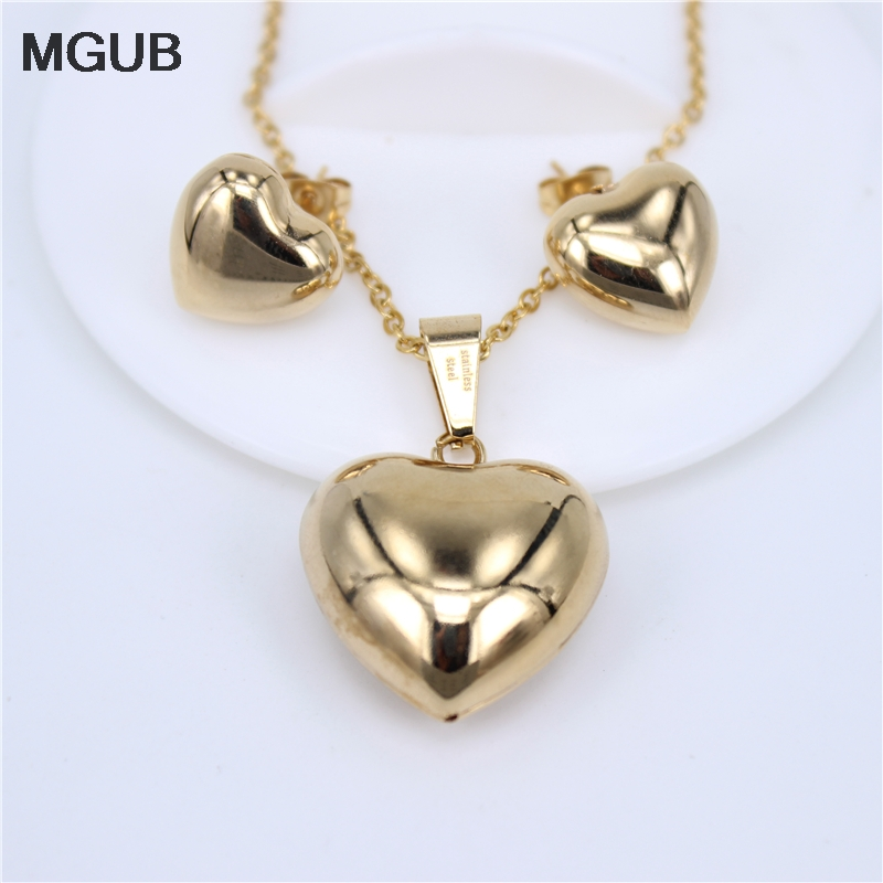 MGUB Pendant 25mm Earrings 15mm stainless steel Set smooth Bright Lightweight Distribution chain female accessories HY272