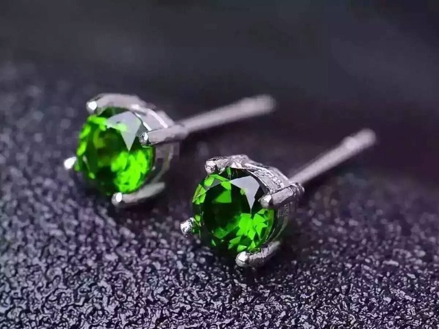 natural diopside stud earrings 925 sterling silver natural green gemstone earrings women personality fashion party fine Earrings