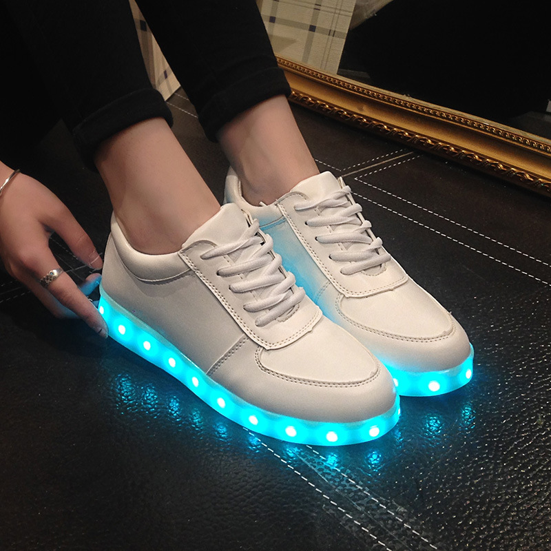 Luminous LED Men Casual Shoes USB Charging Glowing Flat Shoes PU Leather Couple Lovers Lighted Footwear Fashion White Sneakers