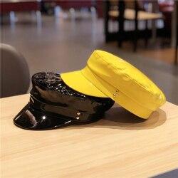 Новые модные шапки в стиле милитари, высокое качество, женская шапка, одноцветная шапка с плоским верхом из искусственной кожи, женские осен...