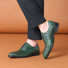 2017 Fashion Italian Handmade Men Wedding Formal Shoes Genuine Leather Lace Up Green Mens Pointed Toe Dress Suit Shoe 1815-810