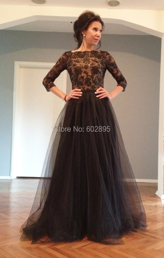 Popular A Line Backless Lace Half Sleeves Evening Dress Black Tulle