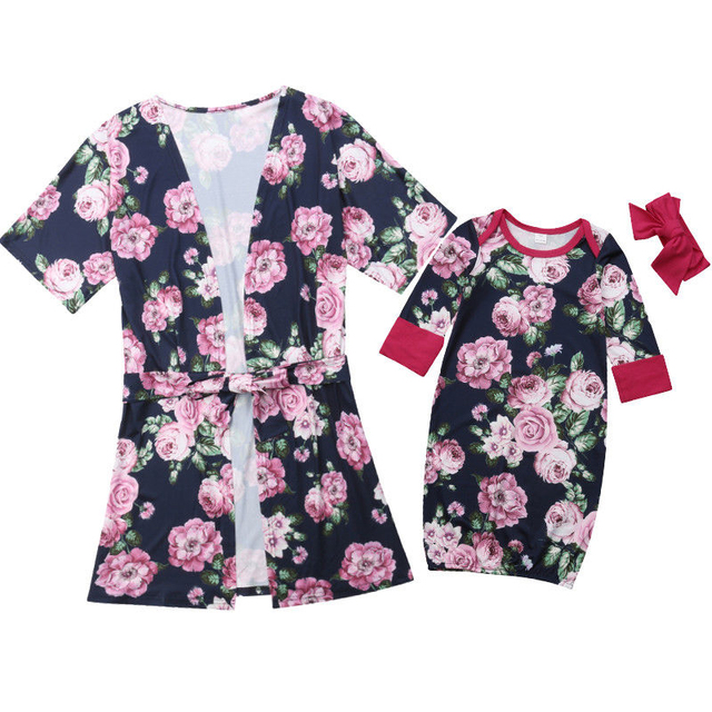 1d62b056b46b9 Family Matching Clothes Mother Daughter Dresses Mom Baby Sleepwear Women Robes  Baby Floral Clothes Long Sleeve Nightwear Pajamas