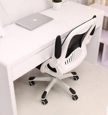 étudiant un rotation étude Petit bureau avec espace petit n0wmN8
