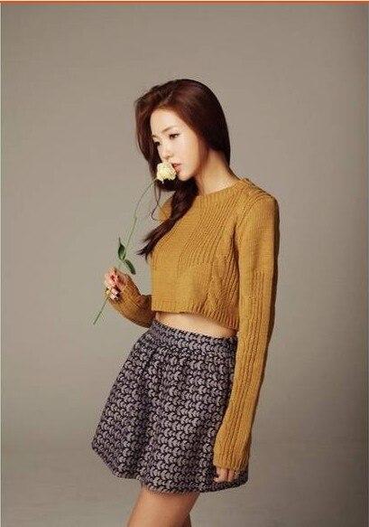 Small 2015 fashion sweet twist small fresh brief short design bare midriff knitted sweater