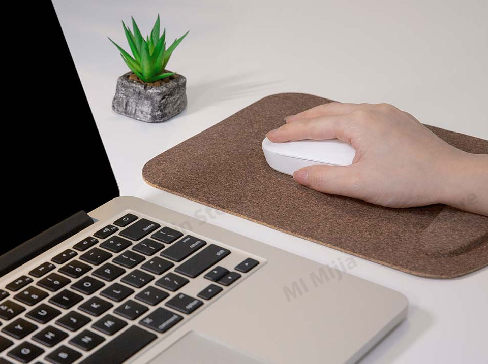 Xiaomi Youpin Mouse Pad Waterproof Skin Friendly Oak Coating Ergonomic Mouse Mat With Wrist Rest For Wired Wireless Gaming Mouse (5)