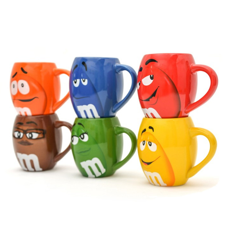 M&M coffee mugs ceramic tea cups and mugs cartoon mark with cover spoon funny lovers creative drinkware taza de m&m