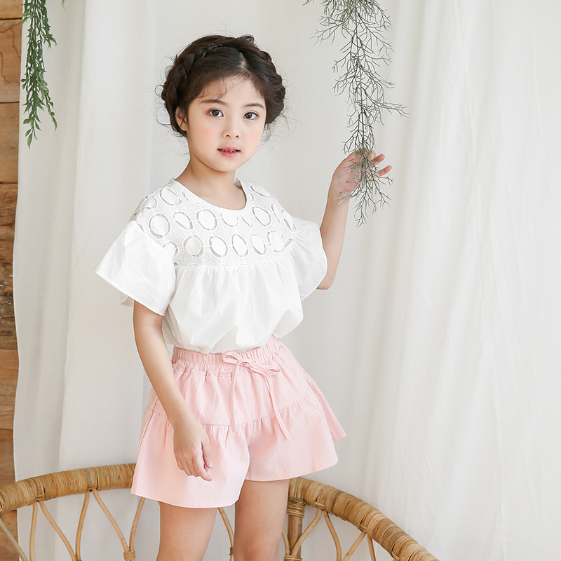 2018 School Girls Kids Princess Summer Clothes Set Teens Girls Clothes White O-Neck Blouse Tops And Shorts Clothing Set Ins Hot girls tie neck smock blouse