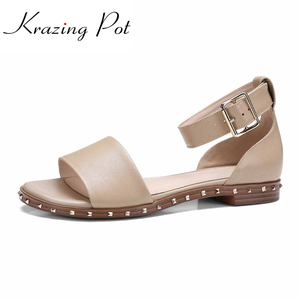 2017 fashion genuine leather superstar brand shoes ankle straps women sandals rivets gradiator Luxury low heels summer shoes L03 cangma superstar italian luxury brand shoes for woman genuine leather women casual orange silver classic shoes schoenen vrouwen
