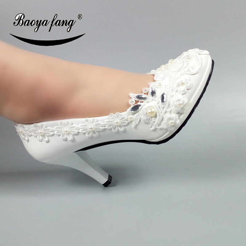 2018 New Womens wedding shoes Bride Fashion shoes woman High heels Pumps Thin heel Bridal Lace