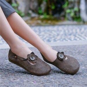 Image 4 - Johnature 2020 جديد الربيع/الخريف حقيقية أحذية جلدية بدون كعب الرجعية عادية جولة تو الضحلة زهرة الانزلاق على أحذية النساء الشقق