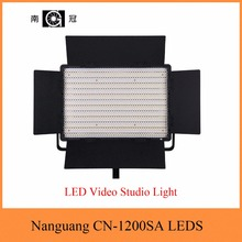 Nanguang CN-1200SA LEDS 5600K 10300 Lux LED Video Studio Light Panel with V Lock Battery Mount Extreme CRI RA 95