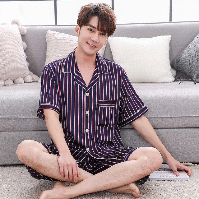 2019 Fashion Stripe Men's Pajamas Sets 2 Pcs Short-sleeve Night Shirts + Shorts Sleepwear Suit Male Satin Silk Pyjamas Home Wear