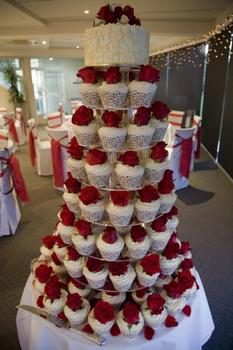 8 Tier round free shipping Beautiful Acrylic Cupcake Stand Party / Wedding / Festival Supplies