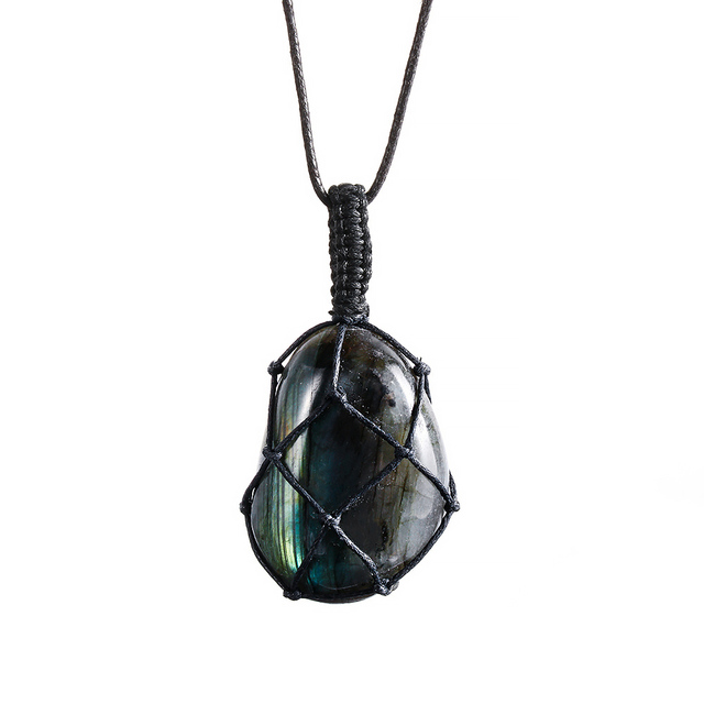 Dragons Heart Labradorite Necklace Mawgie