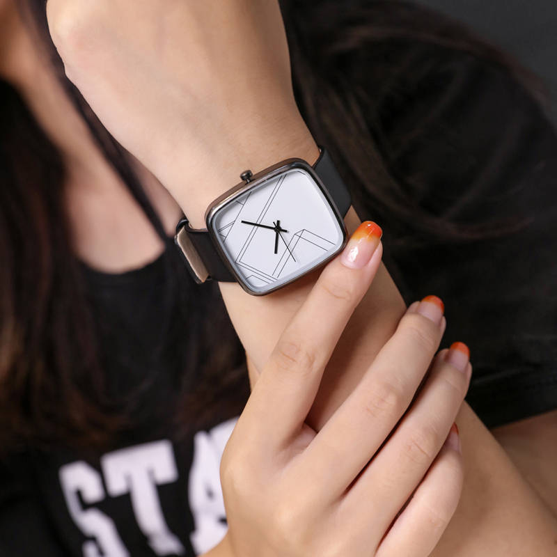 New Luxury Quartz Brand Simple Lady Watches Women Rose Gold Square Casual Leather Dress Wrist Watch Relogio Feminino Montre