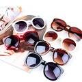Punta de flecha marcos gafas de sol mujeres diseñador de la marca de moda ronda Sun Glasses femenino Vintage recubrimiento Sunglass para mujer