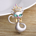 Egypt Kawaii Cat Mog Brooches For Girl Kids Shinning Crystals Crown Animal Broches Collar Pins Hijab Scarf Silver Plated Clips