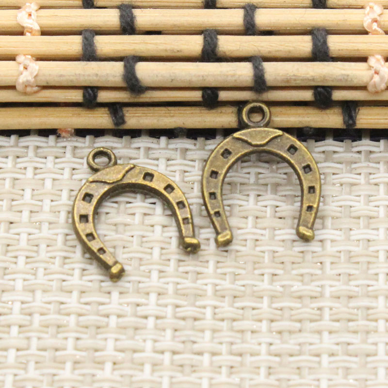30pcs Animal Good Luck Horseshoe Horse Shoes Charms DIY Craft Jewelry Findings