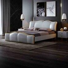 Роскошная кровать с металлическим каркасом в скандинавском стиле