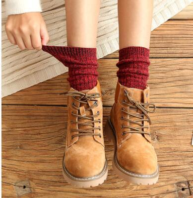 3 Pairs one set Jia n add  2017 Women Fashionable Patterns Cotton Winter Socks Cute Cartoon Middle Sock Female Short Socks