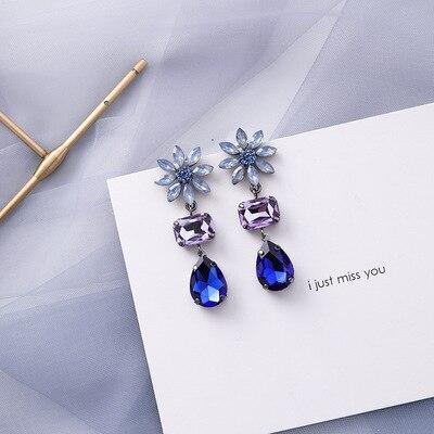 AOMU coréen bleu géométrique acrylique irrégulière cercle creux carré balancent des boucles d'oreilles pour les femmes en métal bosse fête plage bijoux 10