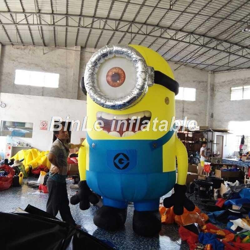 Изготовленный На Заказ фильм талисман мультфильм гигантский надувной миньон с большим одним глазом маленький желтый человечек для рекламы