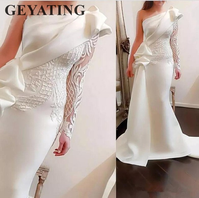 Elegant One Shoulder Mermaid Long Evening Dress 2019 White Long Sleeves Arabic Prom Dresses Satin Ruffles Applique Formal Gowns