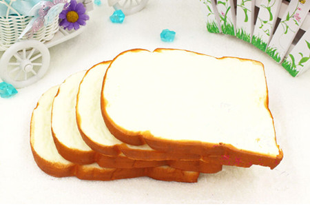 4pcs artificial toast bread toy,sweet gift,Christmas birthday party decorations wedding early education
