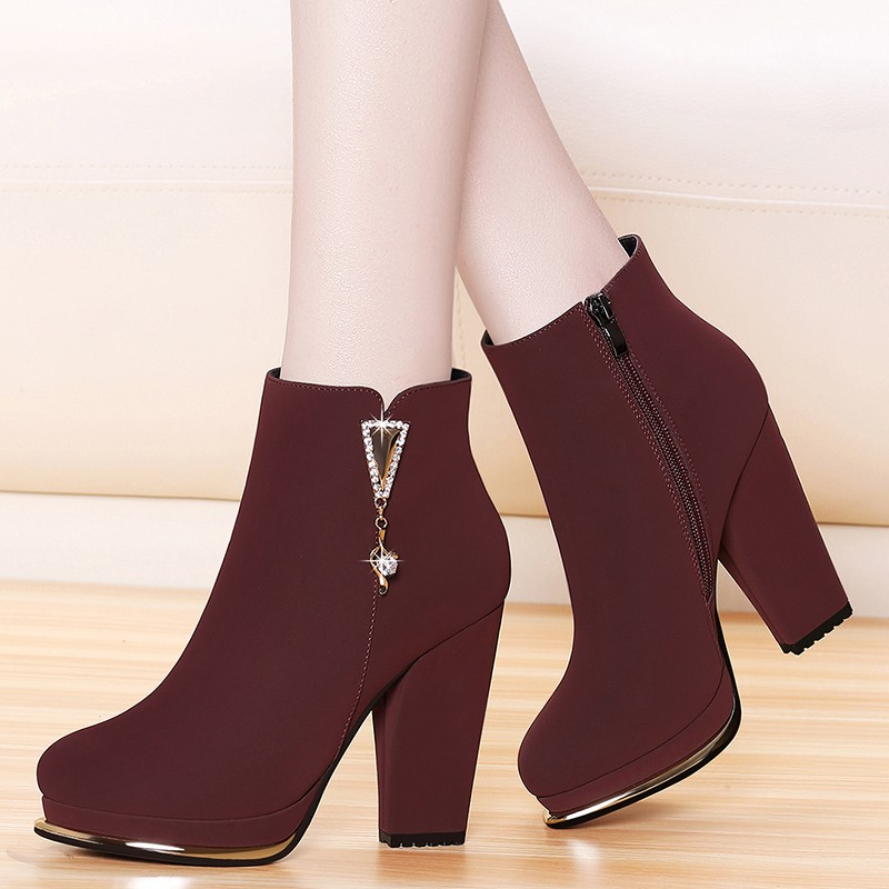 British Style Style Martin Shoes For Women Winter Warm Plush Boots Lady Suede Leather Female Heeled Booties Big Size YG-B0045