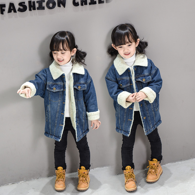 ФОТО Girl with velvet denim jacket and a long part of the new girl baby children's autumn/winter winter thick wool denim jacket