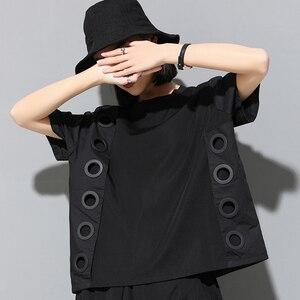 Image 5 - [Eem] 2020 yeni bahar yaz yuvarlak boyun kısa kollu siyah Hollow Out bölünmüş ortak büyük boy T shirt kadın moda gelgit JW045