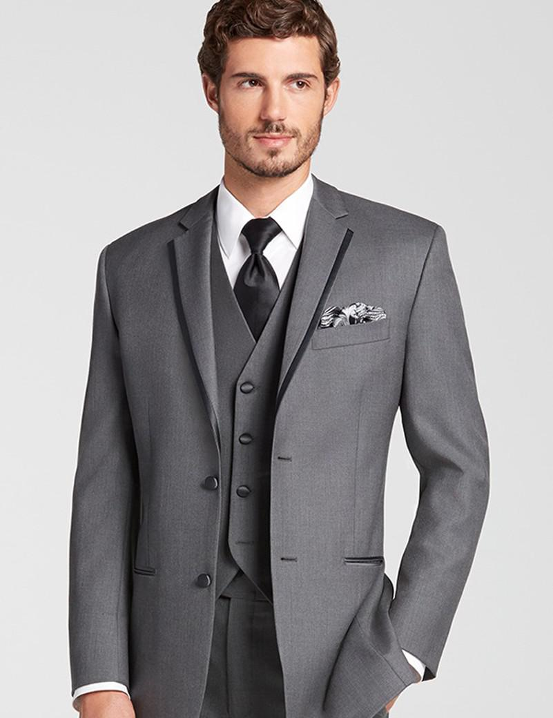 Moda de dos botones gris novio esmoquin groomsmen hombres boda prom trajes  novio chaqueta pantalones chaleco 783533fa0d7