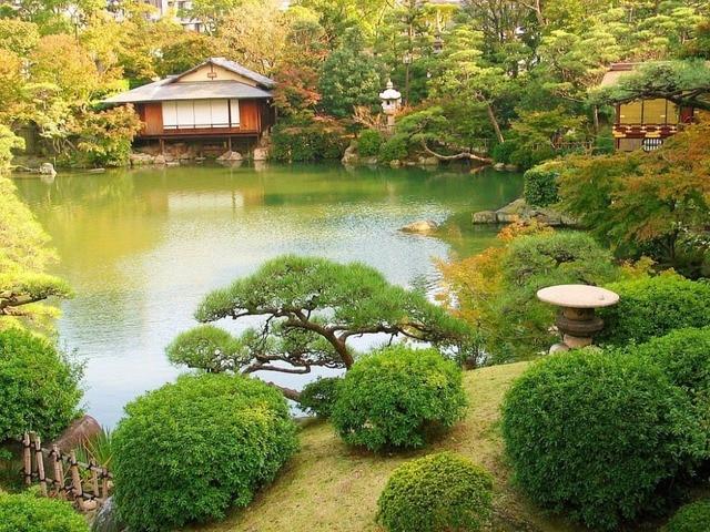 Japanse tuin lake house delicate diamonds shine diamond