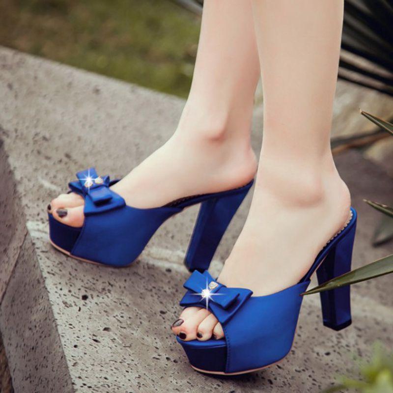 Verano 2017 Moda Casual Negro Limited Tamaño Zapatos Mujer Estilo azul Grande rojo Feminino Inicio Zapatillas Sandalias Sapato 1 16 Rushed Adhesivo q7xWq8