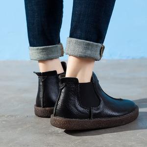 Image 3 - 2020 femmes angleterre Style flambant neuf femmes en cuir véritable bottes plates chaussures pour dame automne bottines hiver rétro Martin bottes