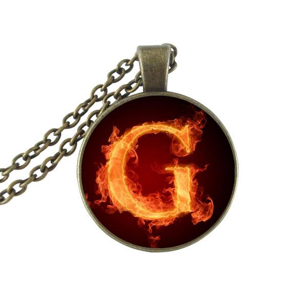 Fuego letra G collar cúpula de cristal colgante redondo de encargo personalidad visión inicial neckless joyería