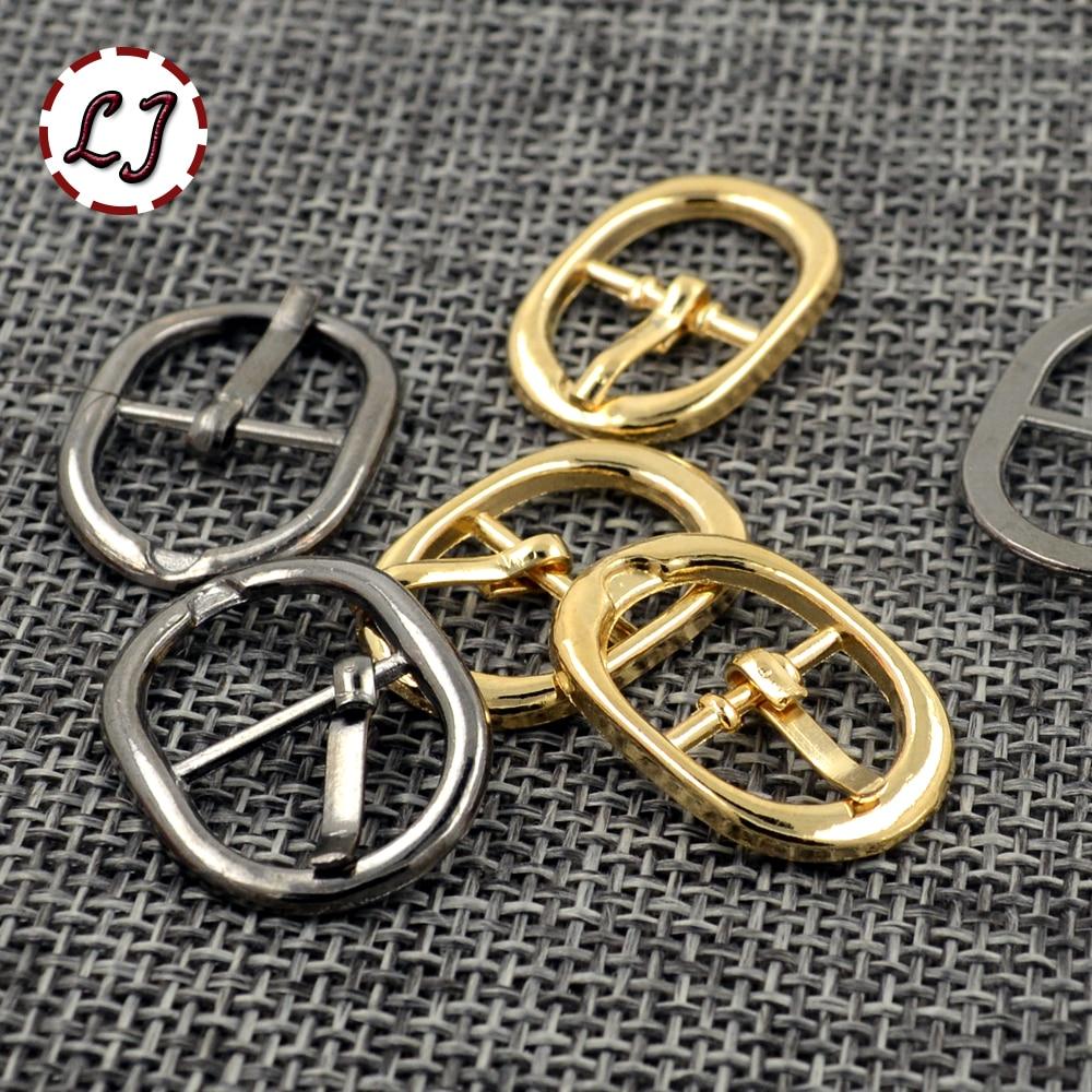 Nouveau arrivé haute qualité 20 pcs lot or noir petit ovale en métal  chaussures sacs Boucles De Ceinture DIY Accessoire À Coudre XK091 4bda768a792